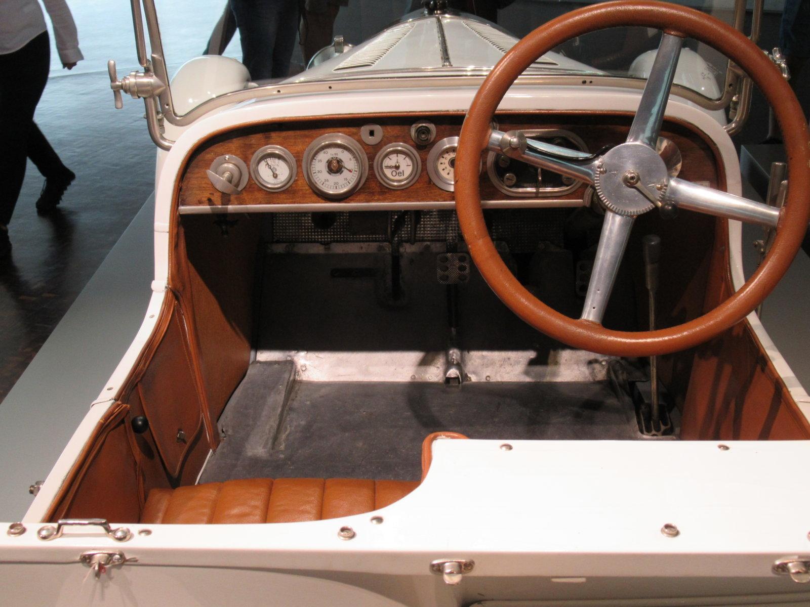 07-26 MB Car 32