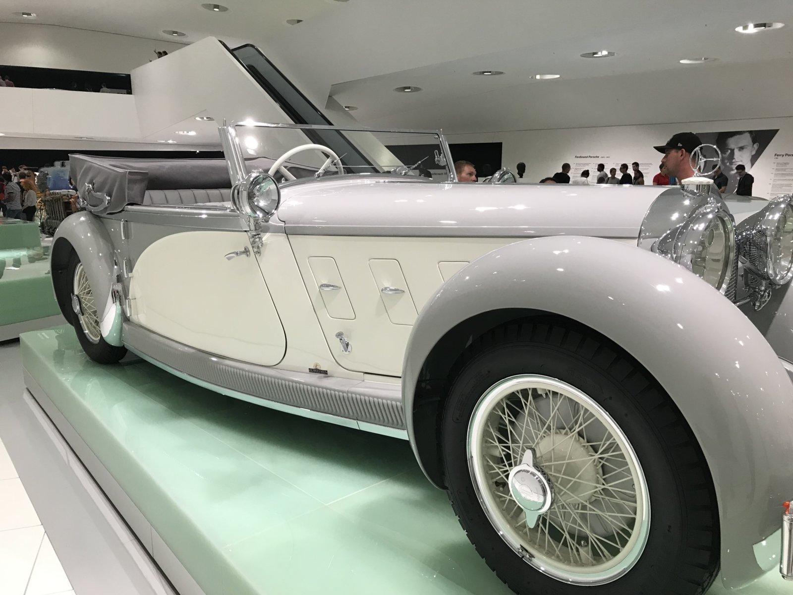 07-28 Porsche Car 02