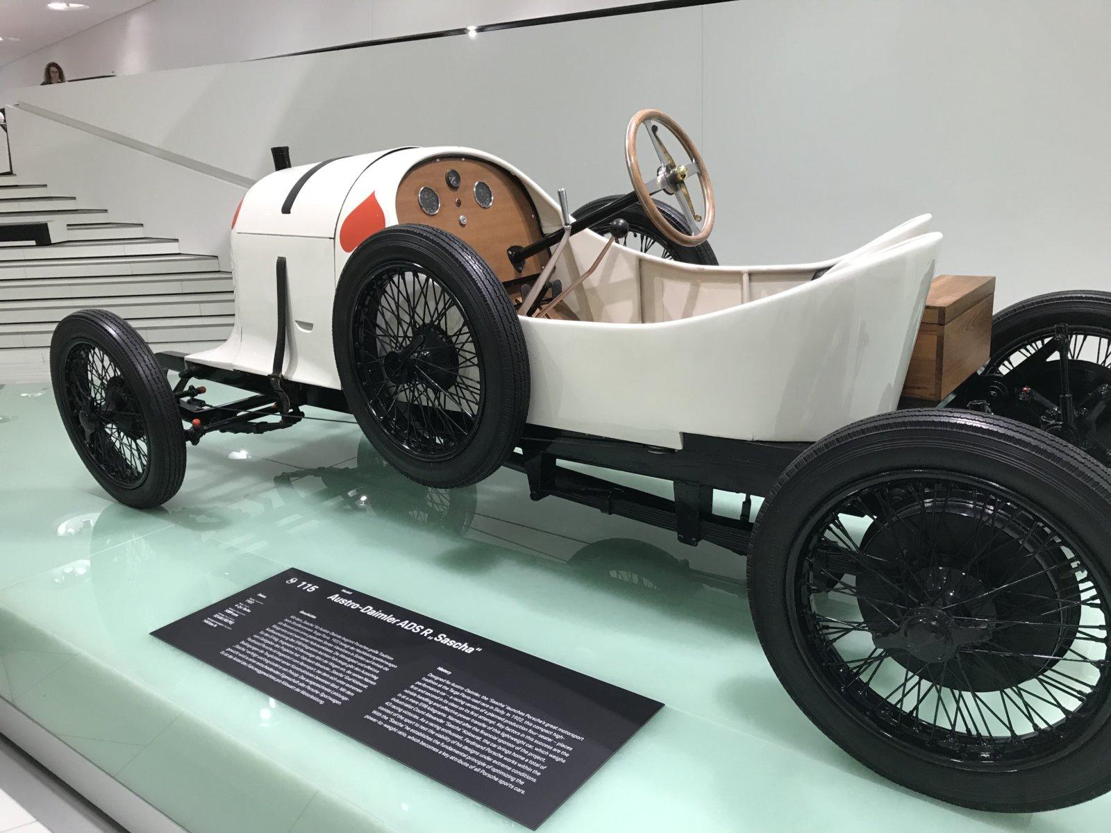 07-28 Porsche Car 04