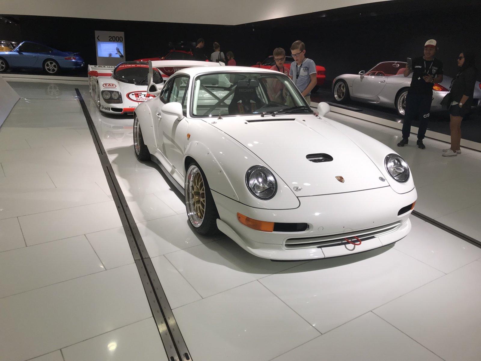 07-28 Porsche Car 19