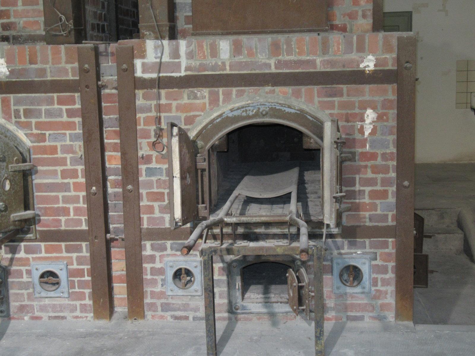 07-29 Dachu Crematorium 4