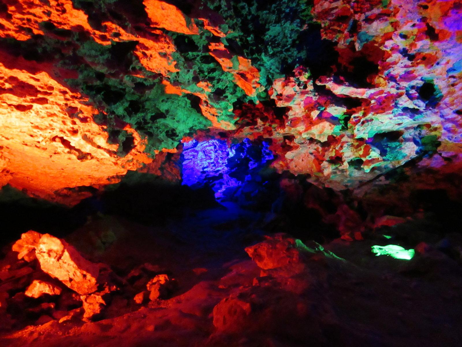 08-30 Cave Rocks 03