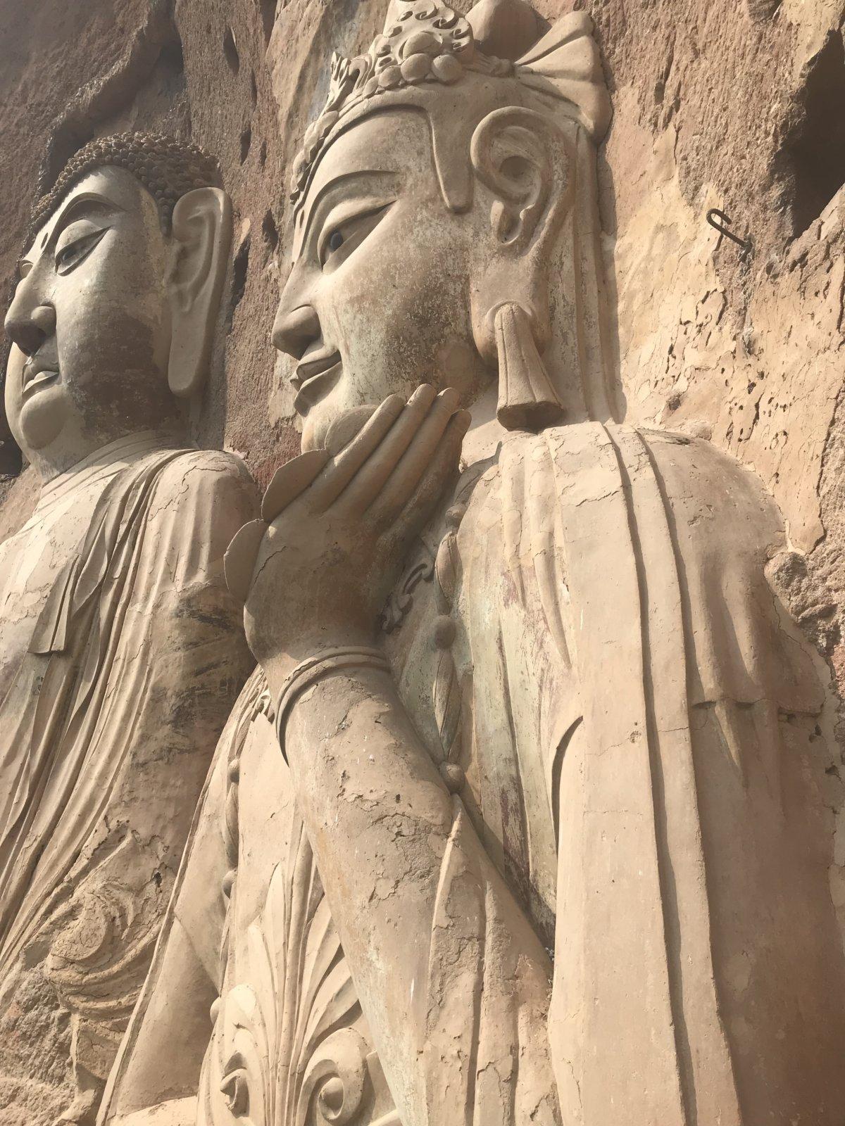 09-30 Temple Statue 01