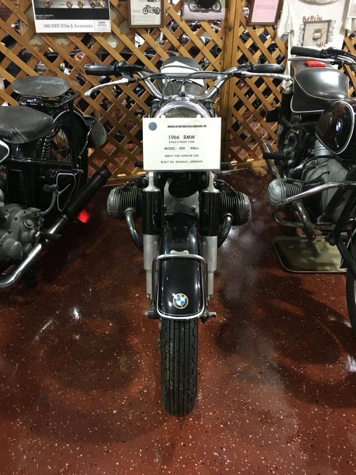 628-1966BMW2