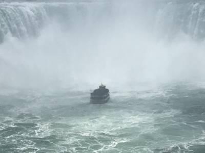 07-15 Horshoe Falls 02