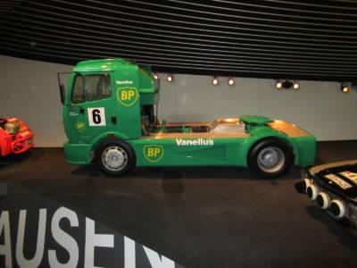 07-26 MB Truck 02