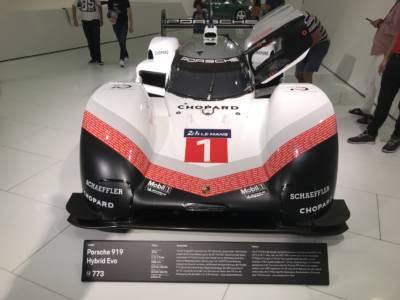 07-28 Porsche Race Car 01
