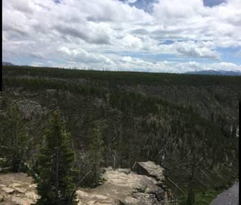615-YellowstoneView04